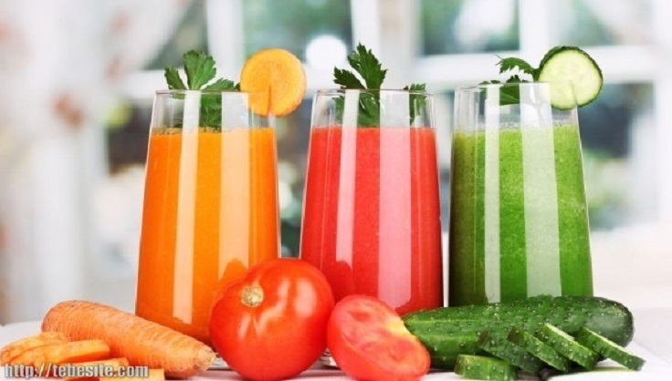 orange-and-tomato-juice