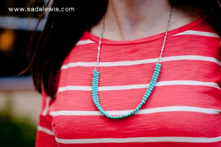 DIY-Easy-Turquoise-Bead-Necklace-Tutorial-5