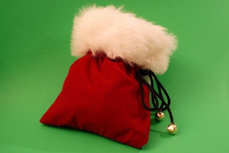 Santas-Velvet-Drawstring-Pouch