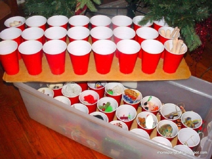 Use-plastic-cups-to-store-your-ornaments