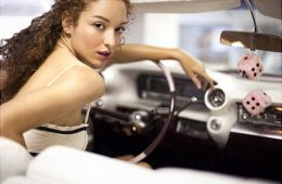 Top 10 Super-Fast Hairstyles To Do In Your Car   Top Inspired