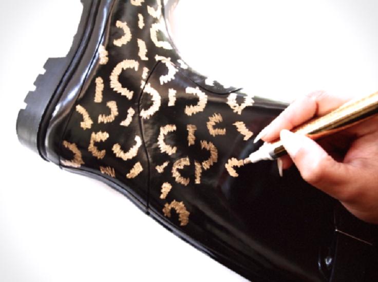 gold-leaf-leopard-boots