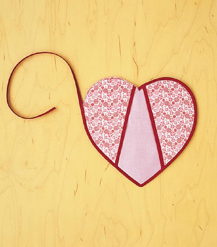 heart-shaped-potholders-4