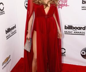 Top 10 Jennifer Lopez Looks of The Year-2014