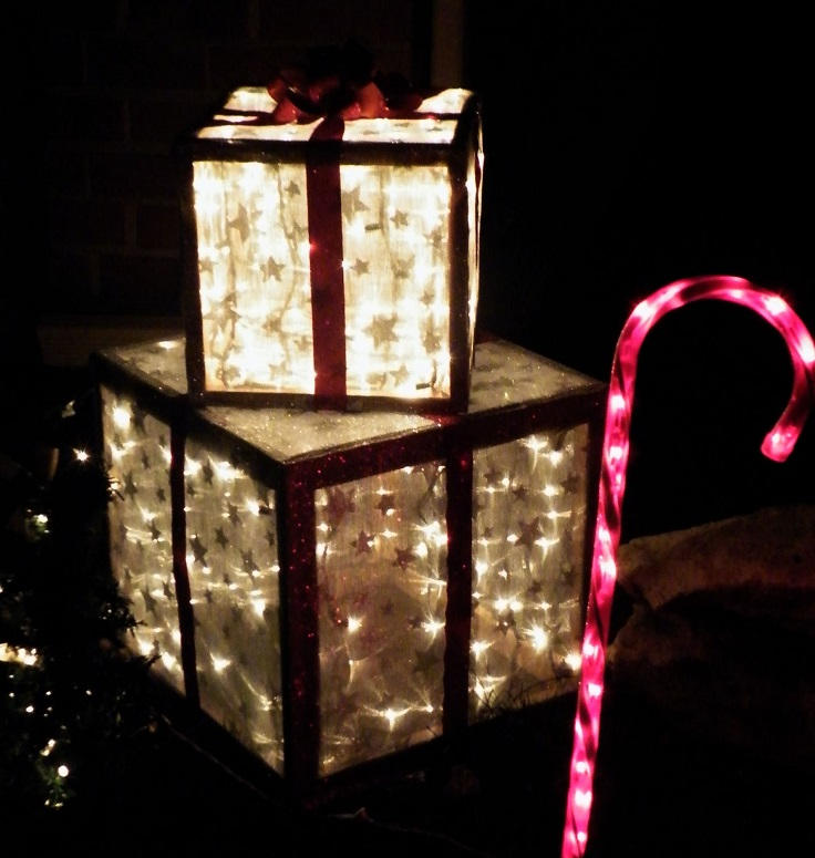 lighted-christmas-presents