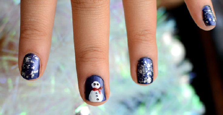 Top 10 Wonderful DIY Christmas Nail Art Ideas