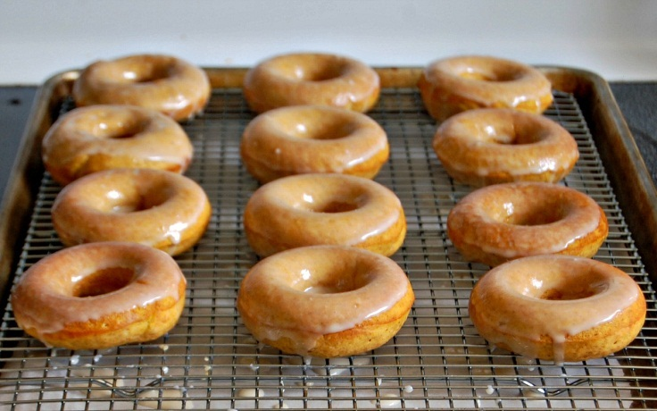 Top 10 Warm Winter Fruity Donut Recipes to Make at Home
