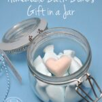 Homemade-Bath-Bomb-gift-in-a-jar