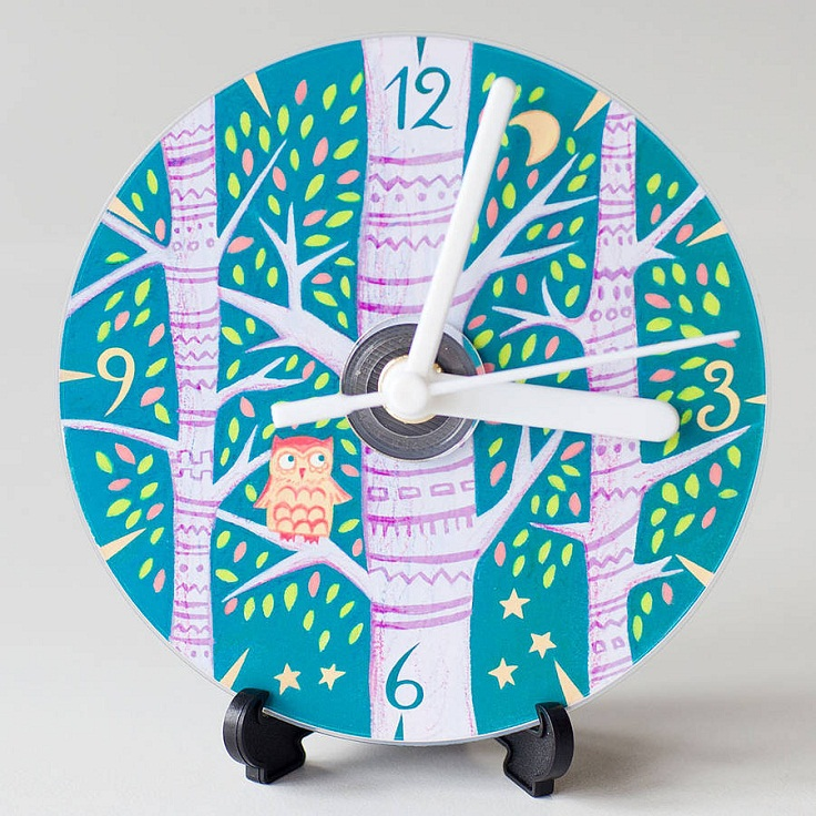 small-and-Kid-clock
