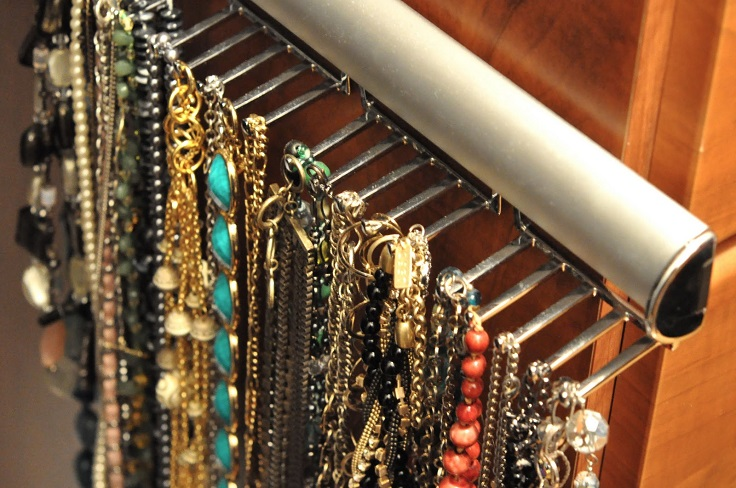 Top 10 Ways To Store Jewelry
