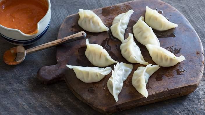 top-10-nepali-food-01