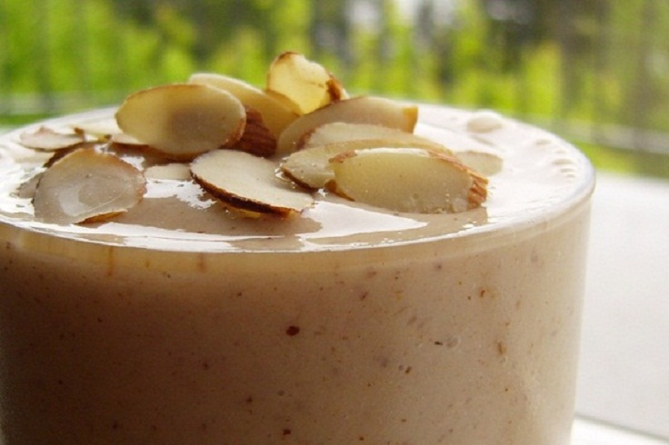 almond-protein-shake