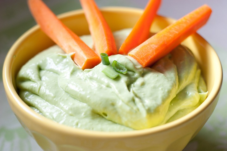 avocado-dip-with-green-onion