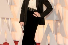 Top 10 Best Dressed Celebrities At The Oscars 2015 | Top Inspired