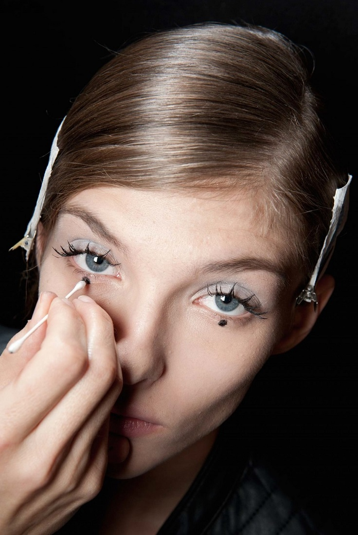 Top 10 Trendy Runway Eyeliner Looks to Try Out | Top Inspired
