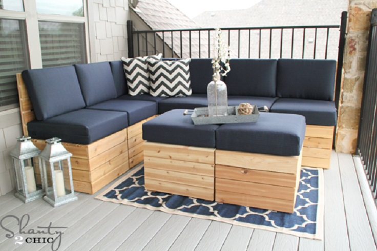 Top 10 diy projects that will turn wooden pallets into for Outdoor sofa plans