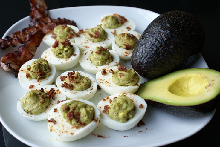 avocado-deviled-eggs-with-bacon
