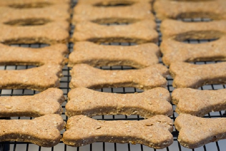 peanut-butter-and-banana-dog-biscuits