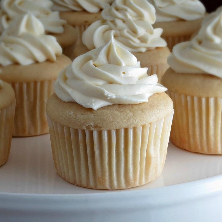 white-chocolate-cupcake