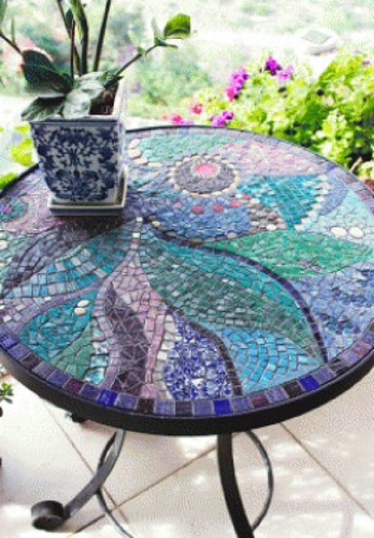 top 10 impressive mosaic projects for your garden top inspired. Black Bedroom Furniture Sets. Home Design Ideas