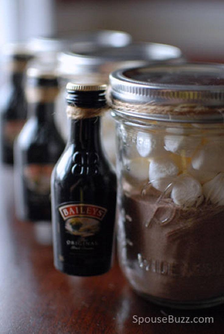 9-Diy-Gifts-You-Can-Make-In-Less-Than-An-Hour-Grown-Up-Hot-Cocoa-Kit