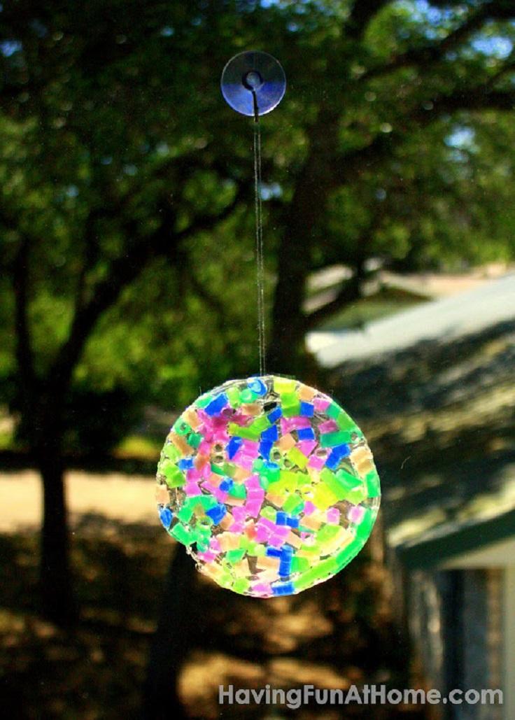 DIY-Suncatchers-with-Clear-Glue