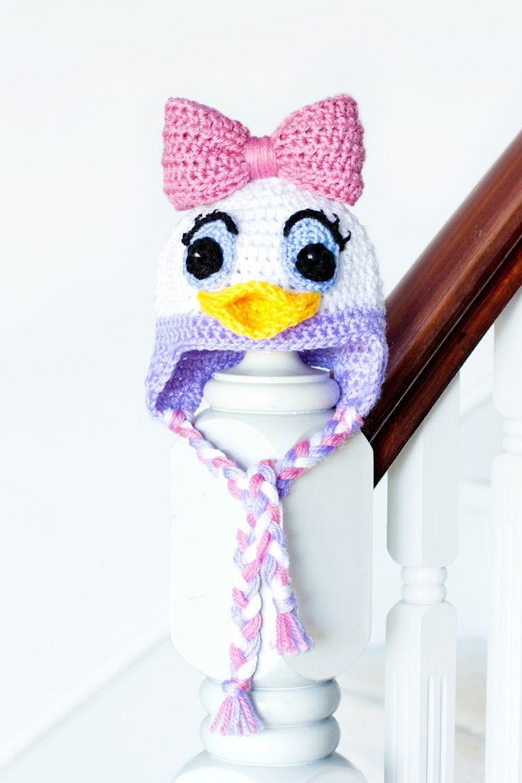 Daisy-and-Donald-Duck-Inspired-Baby-Hat