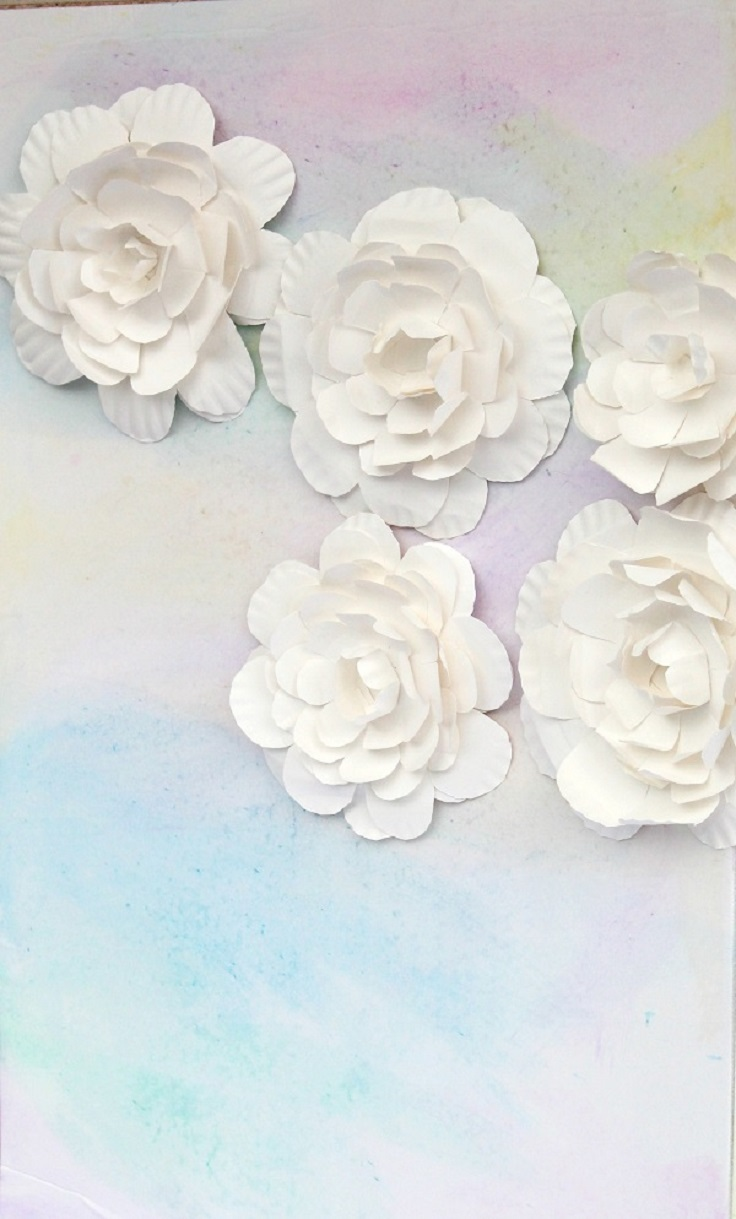 How-to-Create-a-Flower-from-a-Paper-Plate