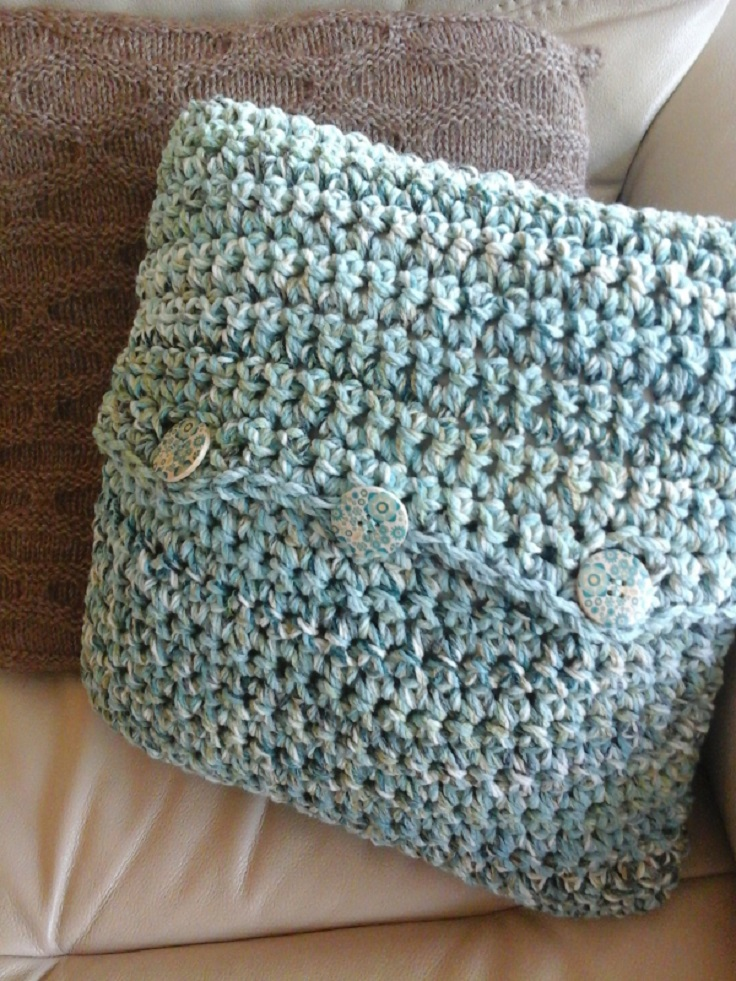 Beginner Crochet Pillow Patterns : TOP 10 Free Patterns for Gorgeous Crocheted Pillows