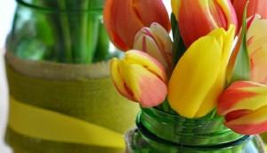Spring-Tulips-and-Burlap-Wrapped-Mason-Jars