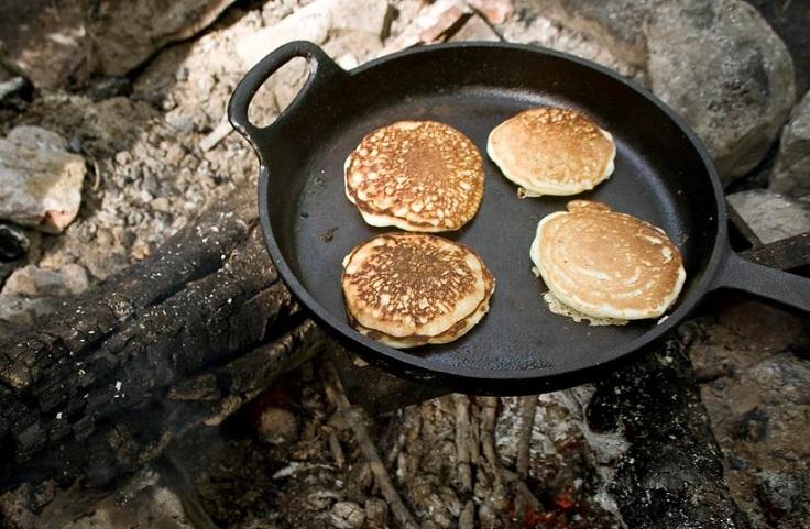 campfire-pancakes