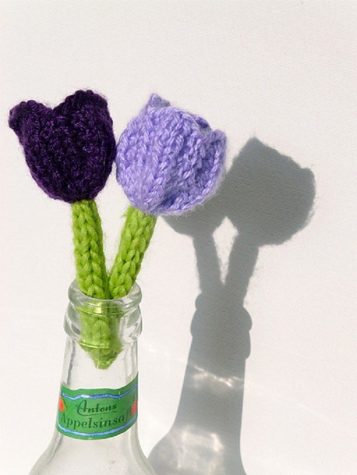 crocuses-knit-a-spring-flower