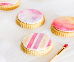 Top 10 Gorgeous DIYs You Can Make with Watercolors