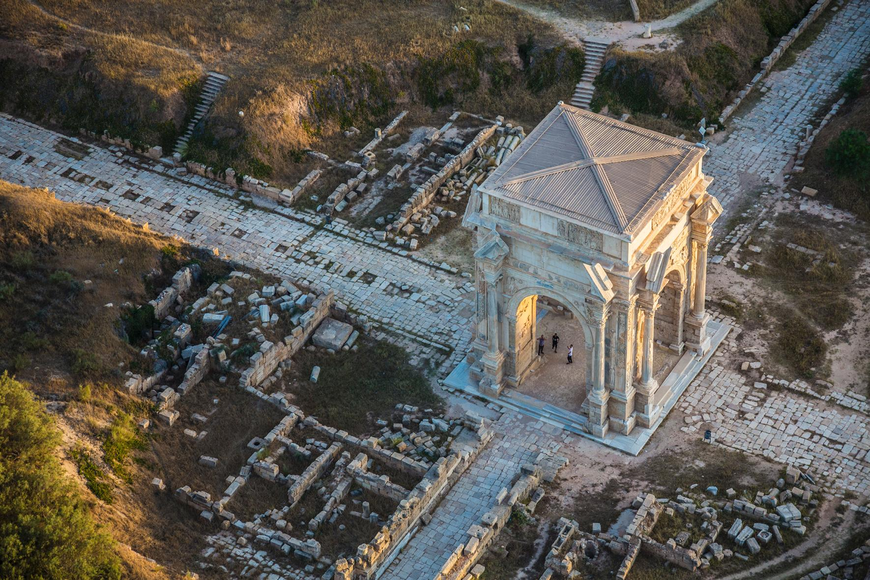 TOP 10 Archaeology Photos by Nat Geo Photographers