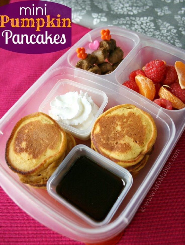 2-Mini-Pumpkin-Pancakes