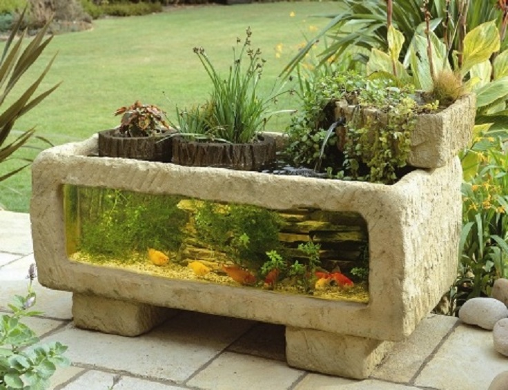 Top 10 garden aquarium and pond ideas to decorate your for Fish pond decorations