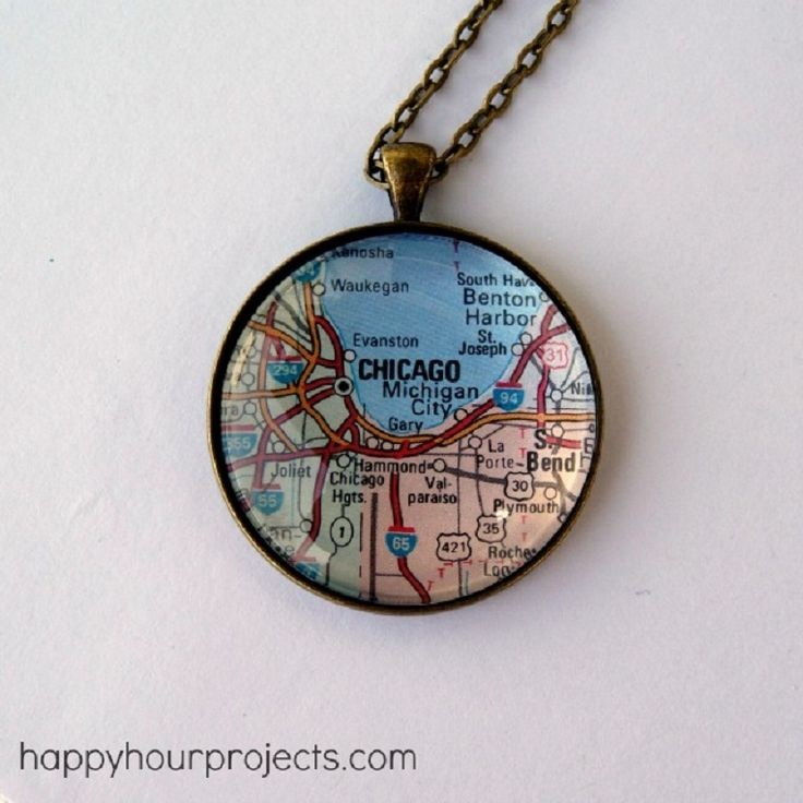 glass-map-necklace