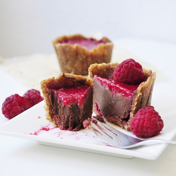 mini-chocolate-raspberry-cakes