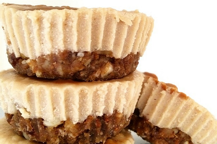 no-bake-cookie-butter-cashew-cheesecakes
