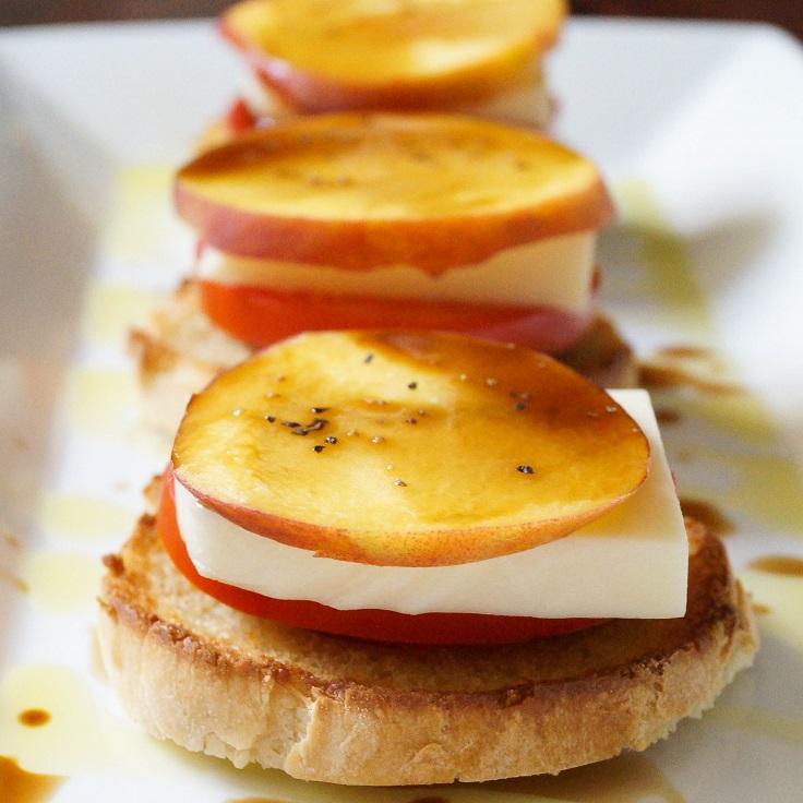 Peach Tomato And Mozzarella Crostini Recipe — Dishmaps