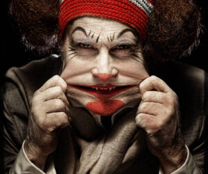 TOP 10 Most Terrifying Photos of Clowns that will give you creeps