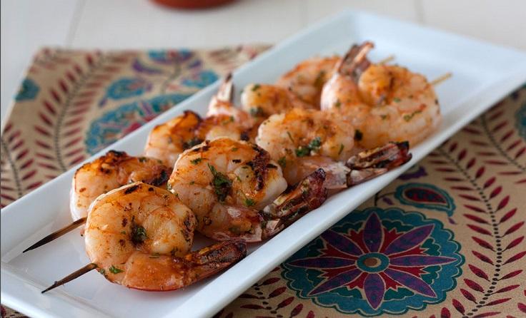 sriracha-shrimp-skewers