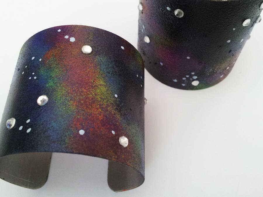 DIY-Galaxy-Cuff