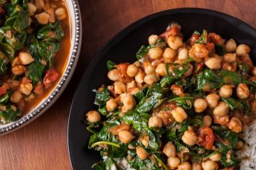 curry-chickpeas-with-spinach