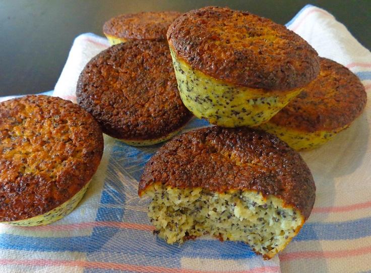 poppy-seed-and-lemon-breakfast-muffins