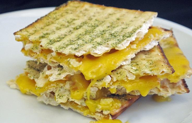 2cd918bd8c0078a4_Matzo-Grilled-Cheese.xxxlarge_2x