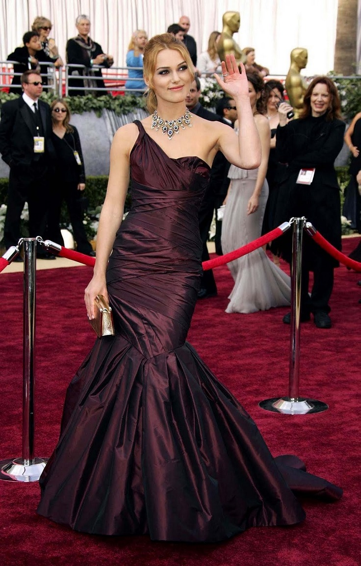 Top 10 most expensive dresses worn by celebrities at the red carpet top inspired - Dresses from the red carpet ...
