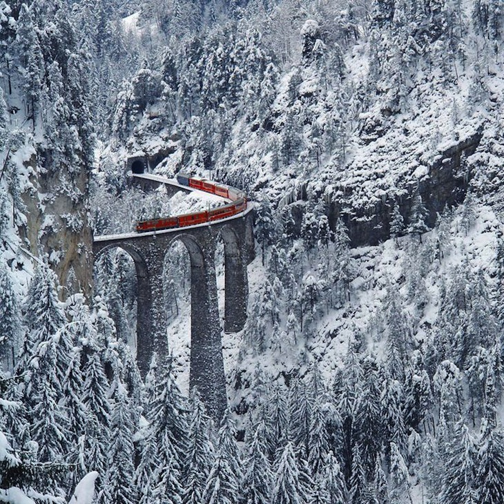 TOP 10 Stunning Railway Routes Around the World | Top Inspired
