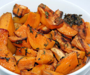 Top 10 Belly-Friendly Ayurvedic Snacks That Reduce Bloating