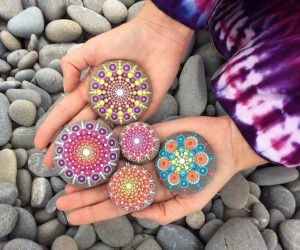 Top 10 Inspiring Rock Art Ideas – [Painted Rocks is the Latest CRAZE]